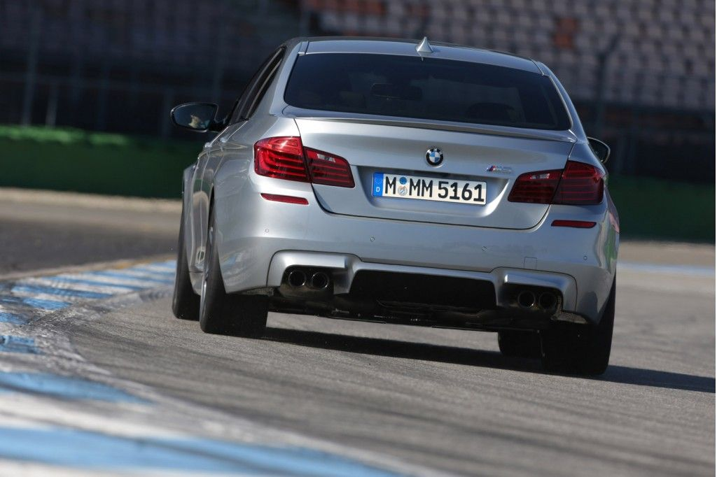 2014 Bmw M5 Debuts Now Offers 575 Hp Competition Package Bmw M5 Bmw European Cars