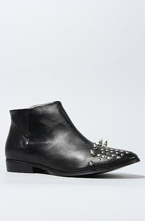 Practical soles for walking all over Paris. The Titan Boot in Black With Silver Spikes by Messeca  #MissKL and #SpringtimeinParis