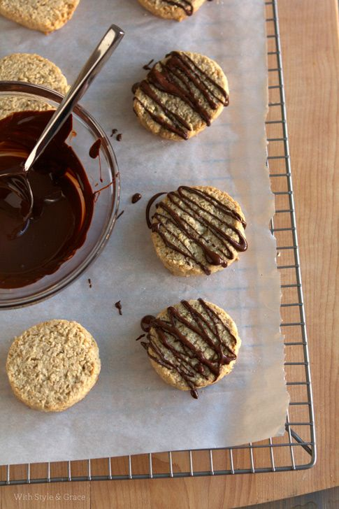 Chocolate Drizzle Oatmeal Shortbread Cookies, Gluten-free