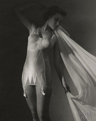 1930s Lingerie ~ Frou Frou Fashionista - Luxury Lingerie Blog for Faire Frou Frou in Los Angeles