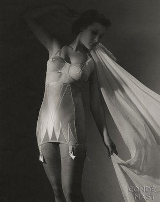 1930s Lingerie ~ Frou Frou Fashionista - Luxury Lingerie Blog for Faire Frou Frou in Los Angeles