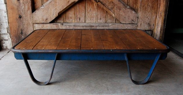 Pallettafel blauw oude industriele vintage brocante antiek retro