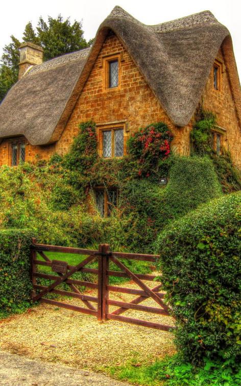 Charmosa casa de campo em Great Tew, Oxfordshire, Inglaterra, Reino Unido.