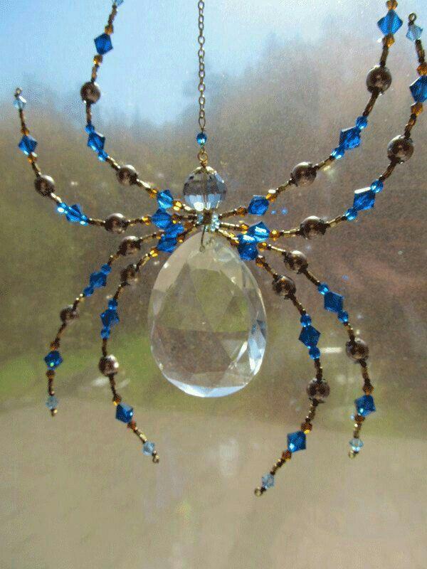 Spider sun catcher | decoracion | Pinterest | Perlen, Draht und Spinne