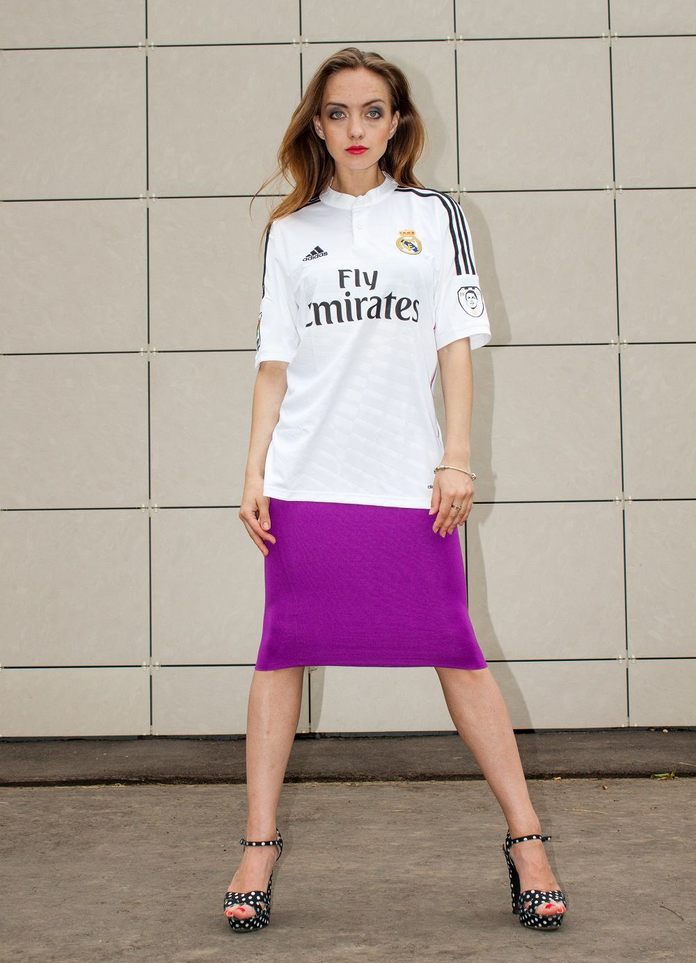 reputable site c960e 6ea24 Real Madrid girl plain white jersey and the colorful purple ...