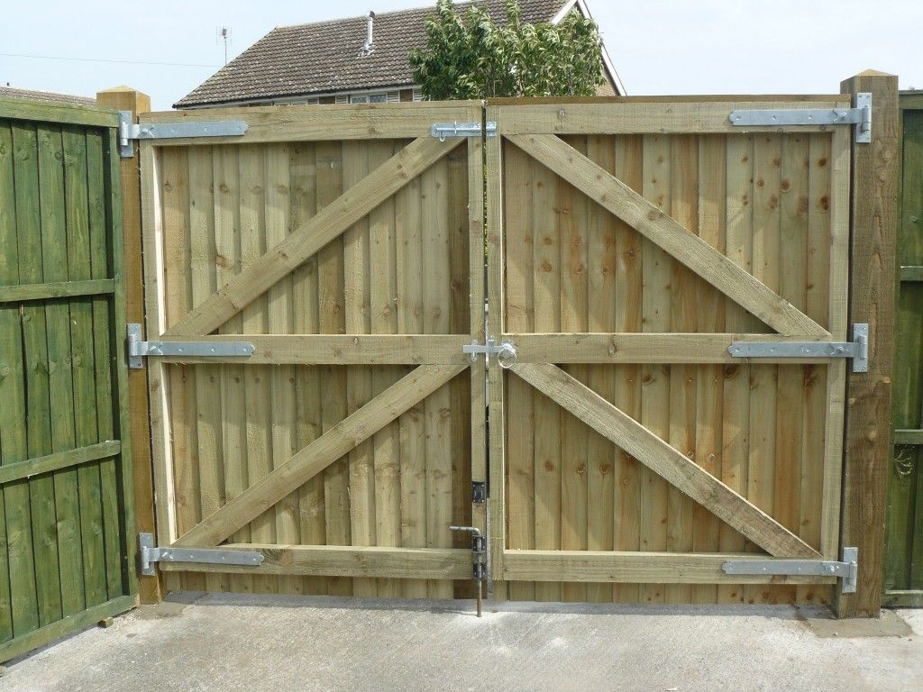 Featheredge Edge Double Gates Gates In 2019 Driveway