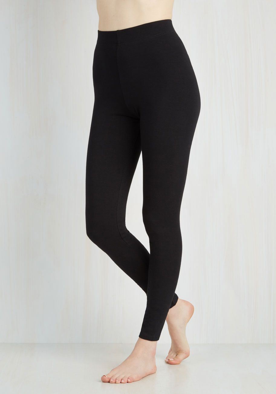 Simple and Sleek Leggings in Black - High-Waisted | ModCloth ...
