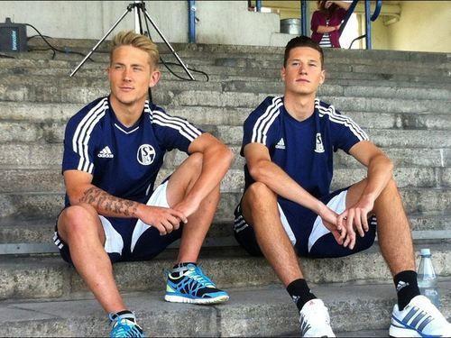 Draxler Und Lewis Holtby Beim All About Me Futebol Amor Da Minha Vida