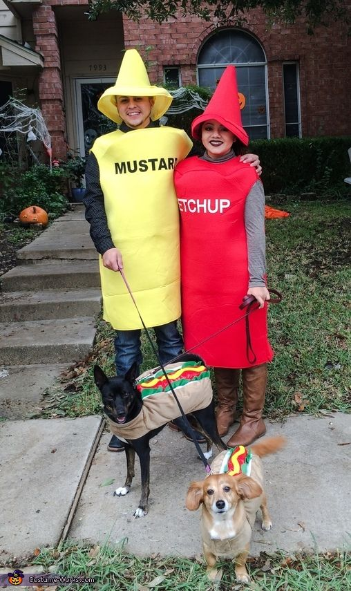 Ketchup Mustard And Hot Dogs Halloween Costume Contest At
