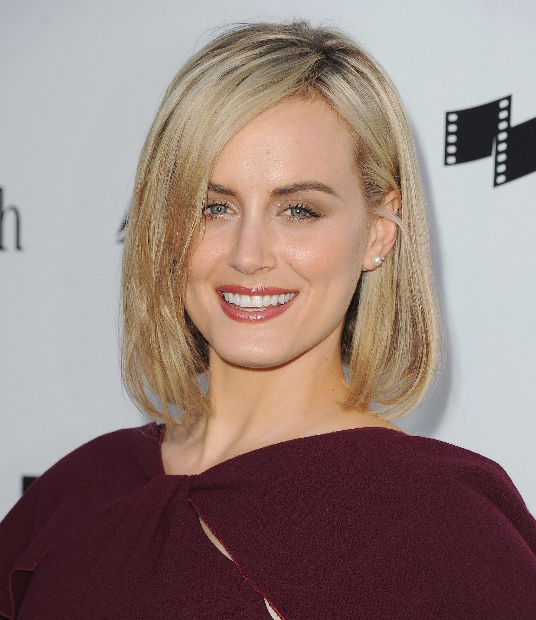 Taylor Schilling Wedding.Taylor Schilling Hair Style Taylor Schilling Celebrity Haircuts