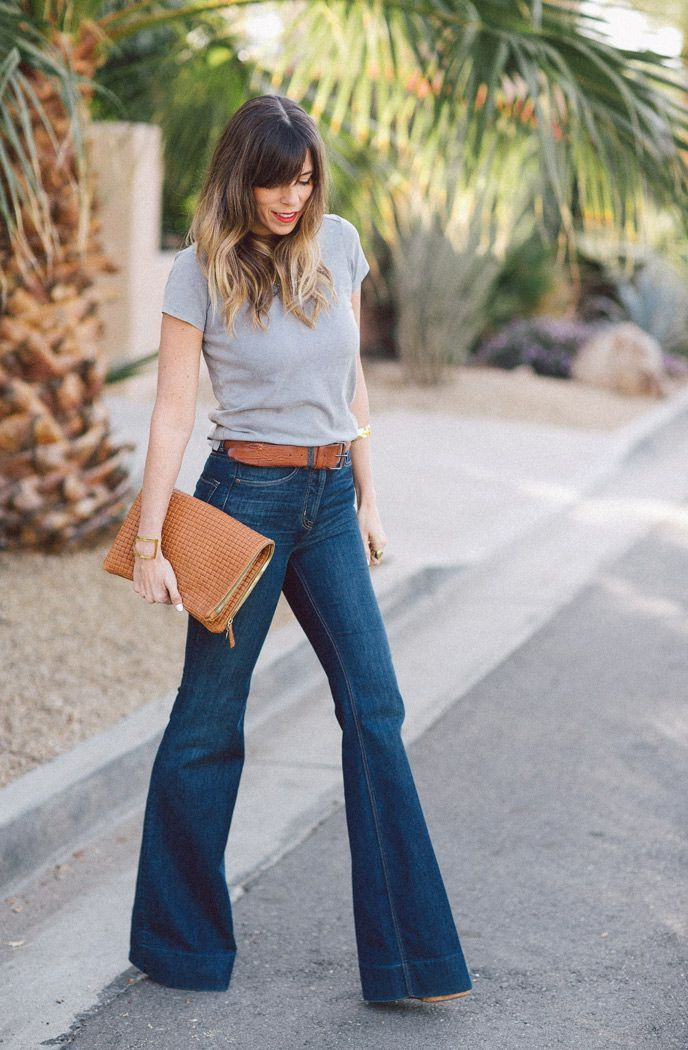 de8145228f How To Wear Flared Jeans (Outfit Ideas) 2017