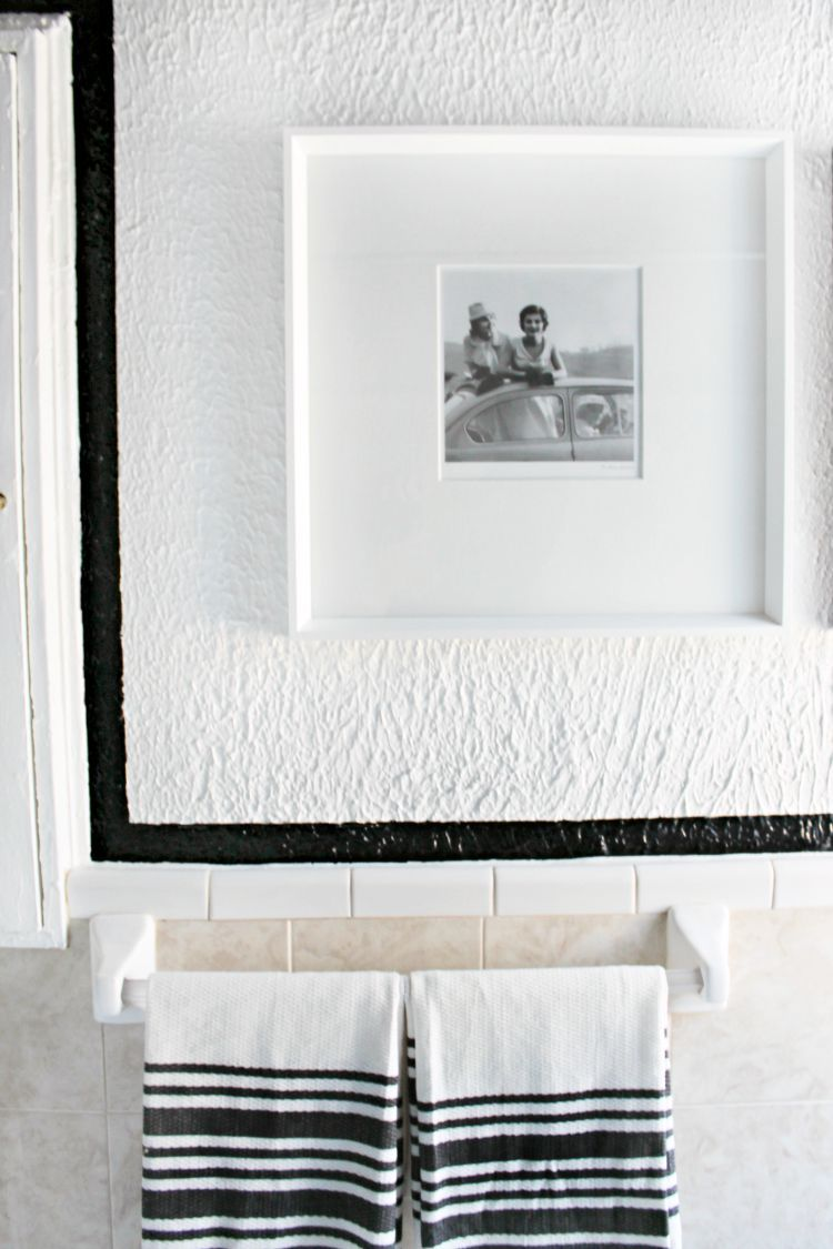 How to Paint Straight Lines on heavily Textured Walls