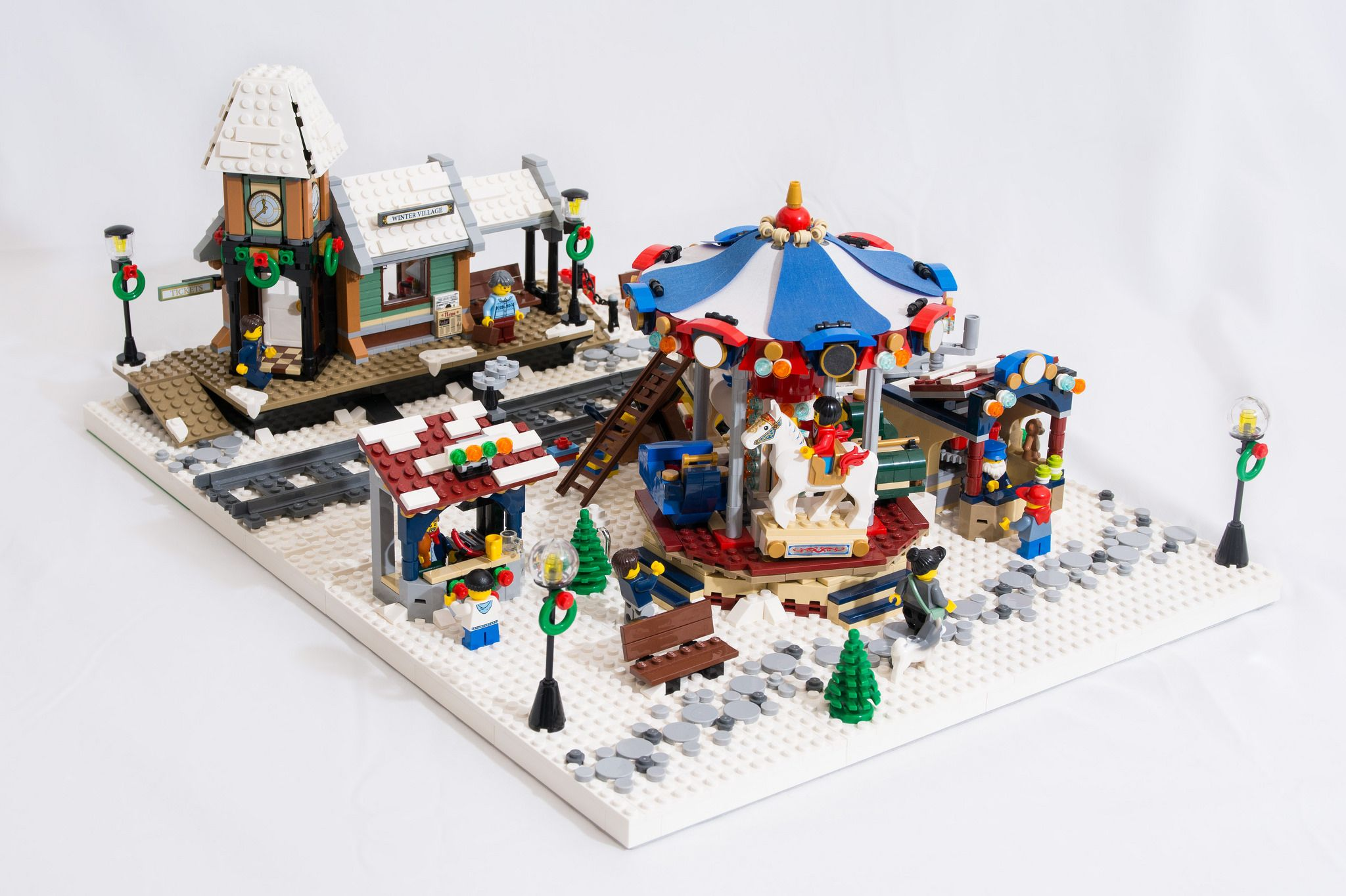 Winter Village Diorama 2017 Lego Christmas Village Lego Winter Lego Winter Village