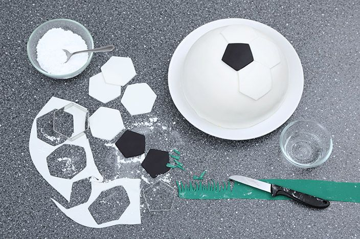 Backen Zur Em Einfache Fussball Torte Fussball Torte