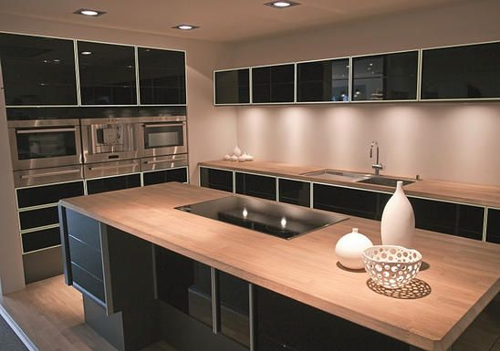 Is Aluminium Kitchen Cabinet Suitable For Hdb Home Staging Interior Dapur