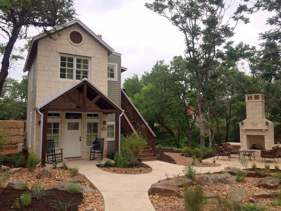 the always rustic cabins cabin a texas fbglodging fredericksburg pin welcome sight is in country fbgtx home tx