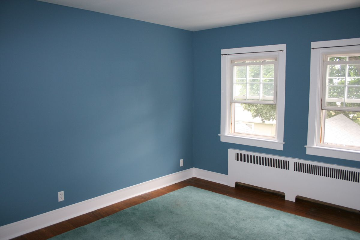 Kitchens with blue walls my fantasy home blue accent Pics of painted living rooms