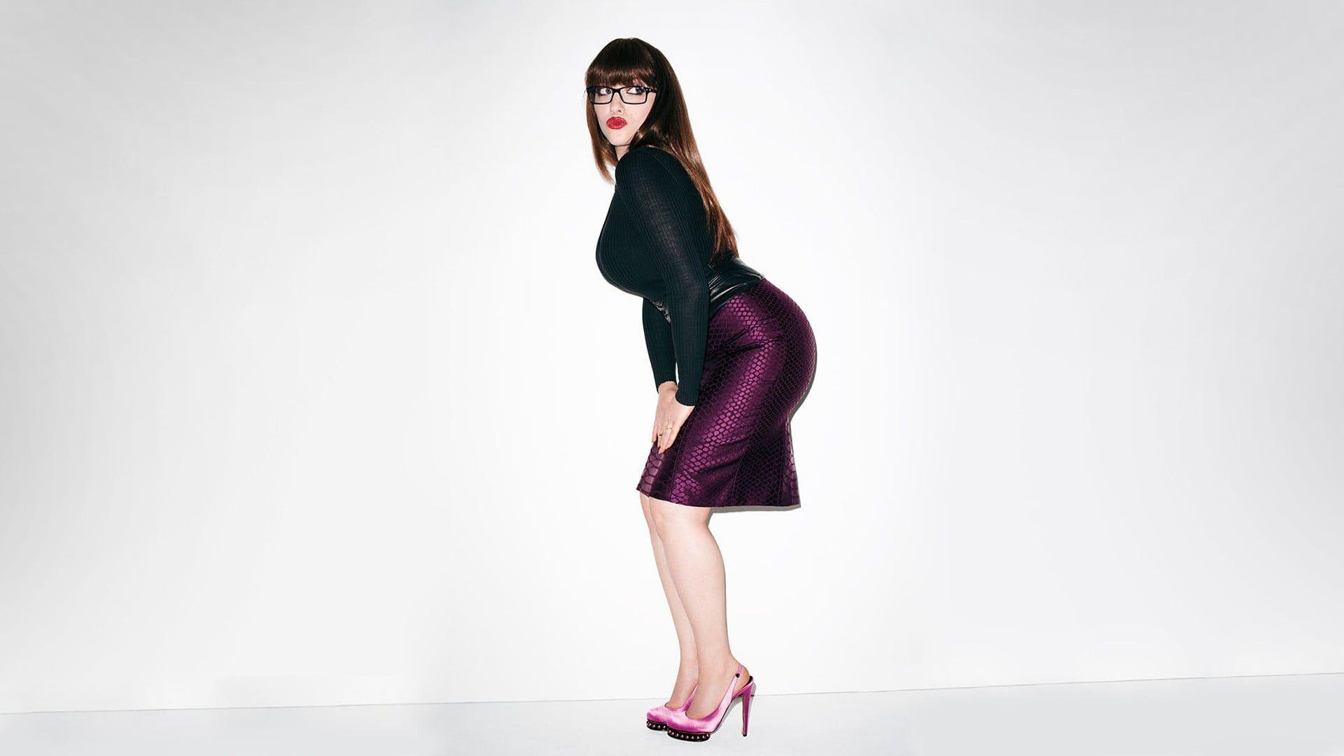 Kat Dennings Actress Brunette Simple Background High Heels Women 1080p Wallpaper Hdwallpap Womens Black Bodycon Dress Womens Black Dress Pink Dress Women [ 1080 x 1920 Pixel ]