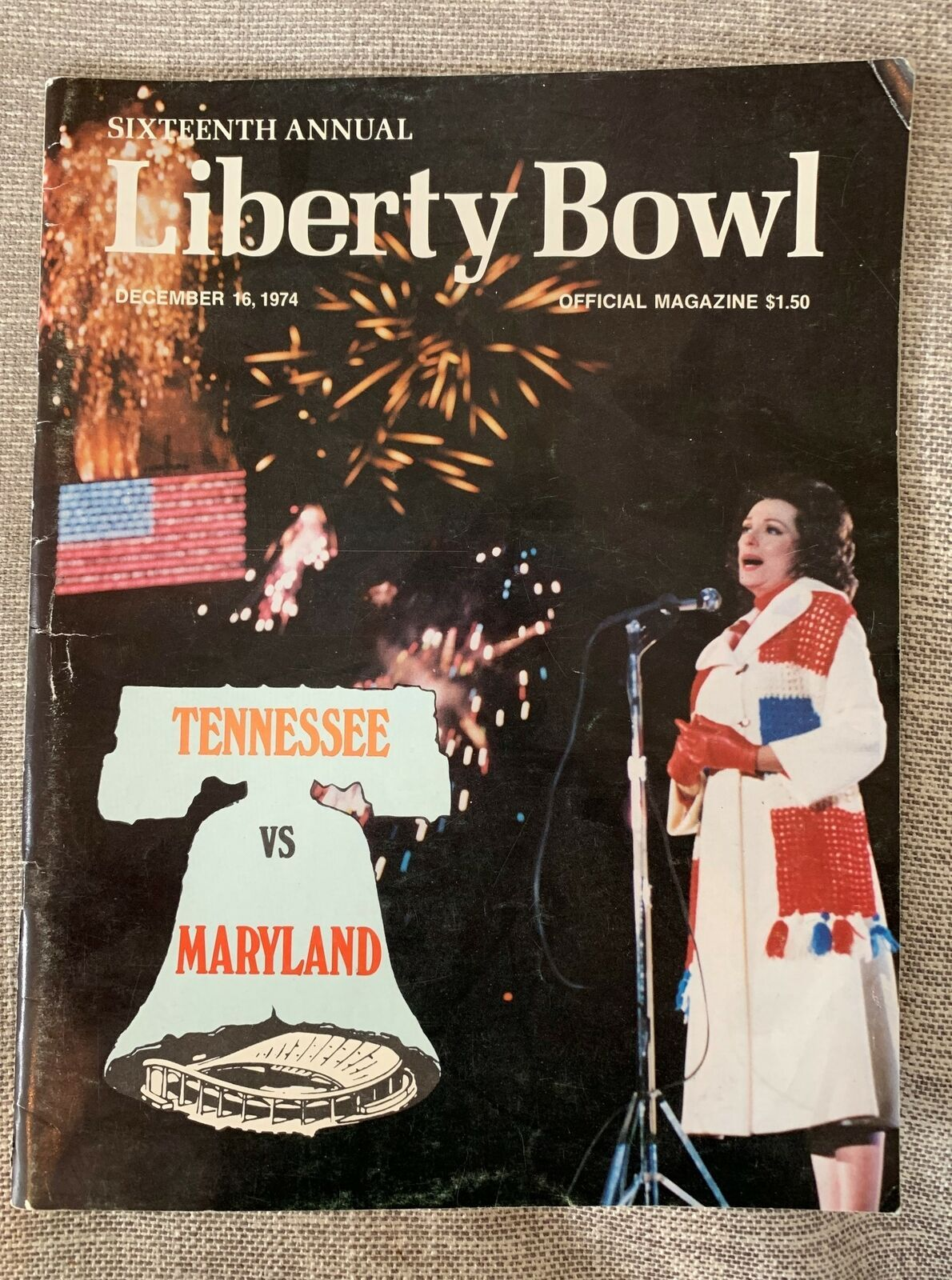 1974 LIBERTY BOWL College Football PROGRAM Tennessee v