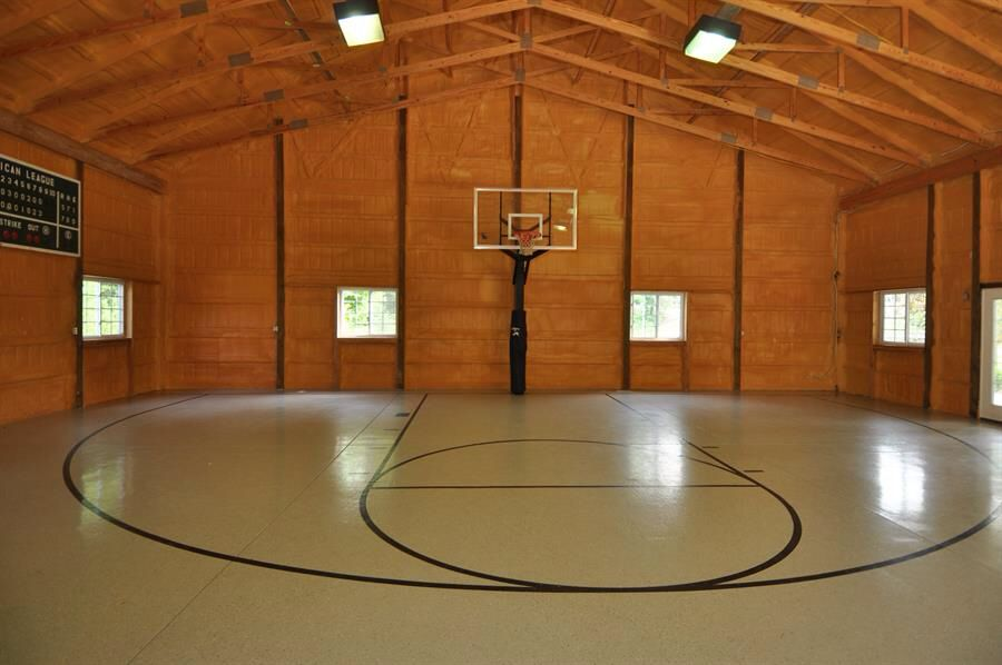 Barn basketball court pinteres for Build indoor basketball court