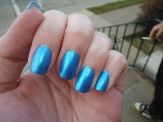 "Lena Loves Nails: Sinful Colors ""Love Nails"" *Super pic heavy!!!*"