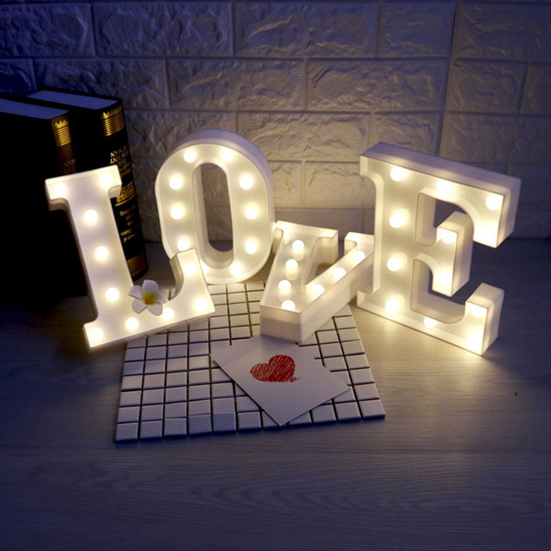 Hot Sale 26 Letters White Led Night Light Marquee Sign Alphabet Lamp For Birthday Wedding Party