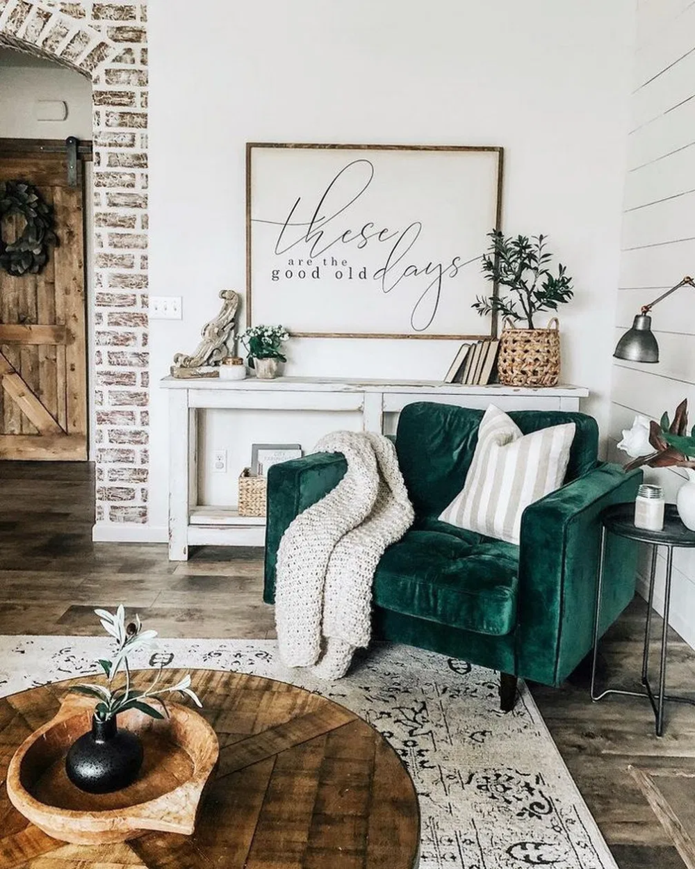 39 comfy living room decoration ideas with farmhouse style 25 #livingroom #livin...,  #comfy ...