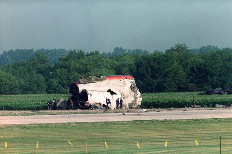 Crash Of A Douglas Dc 10 In Sioux City 111 Killed Bureau Of Aircraft Accidents Archives Sioux City Crash Sioux City Iowa