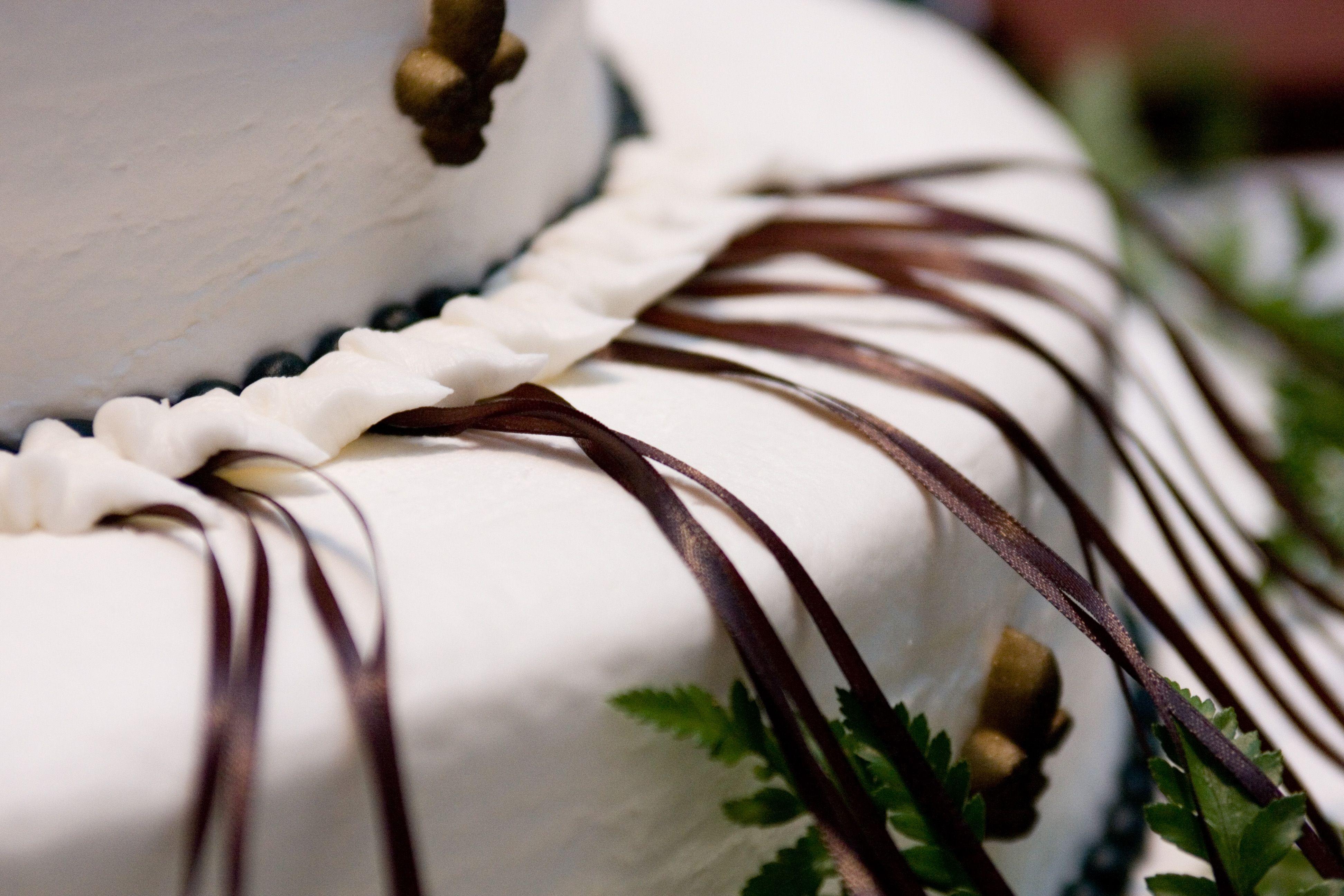 Wedding Cakes Around The World Peru Wedding Cake Pulls Wedding Cake Charms Southern Wedding Traditions