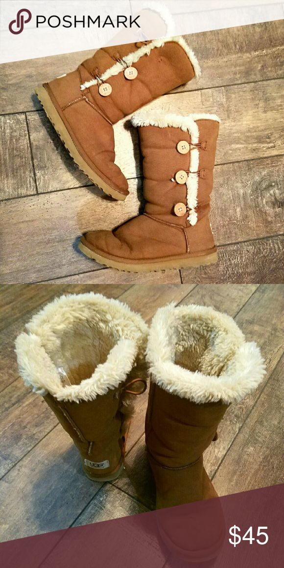 916c5ffce19 Tan Bailey Button Tall UGG Boots Size 7 Soft, good condition, button ...