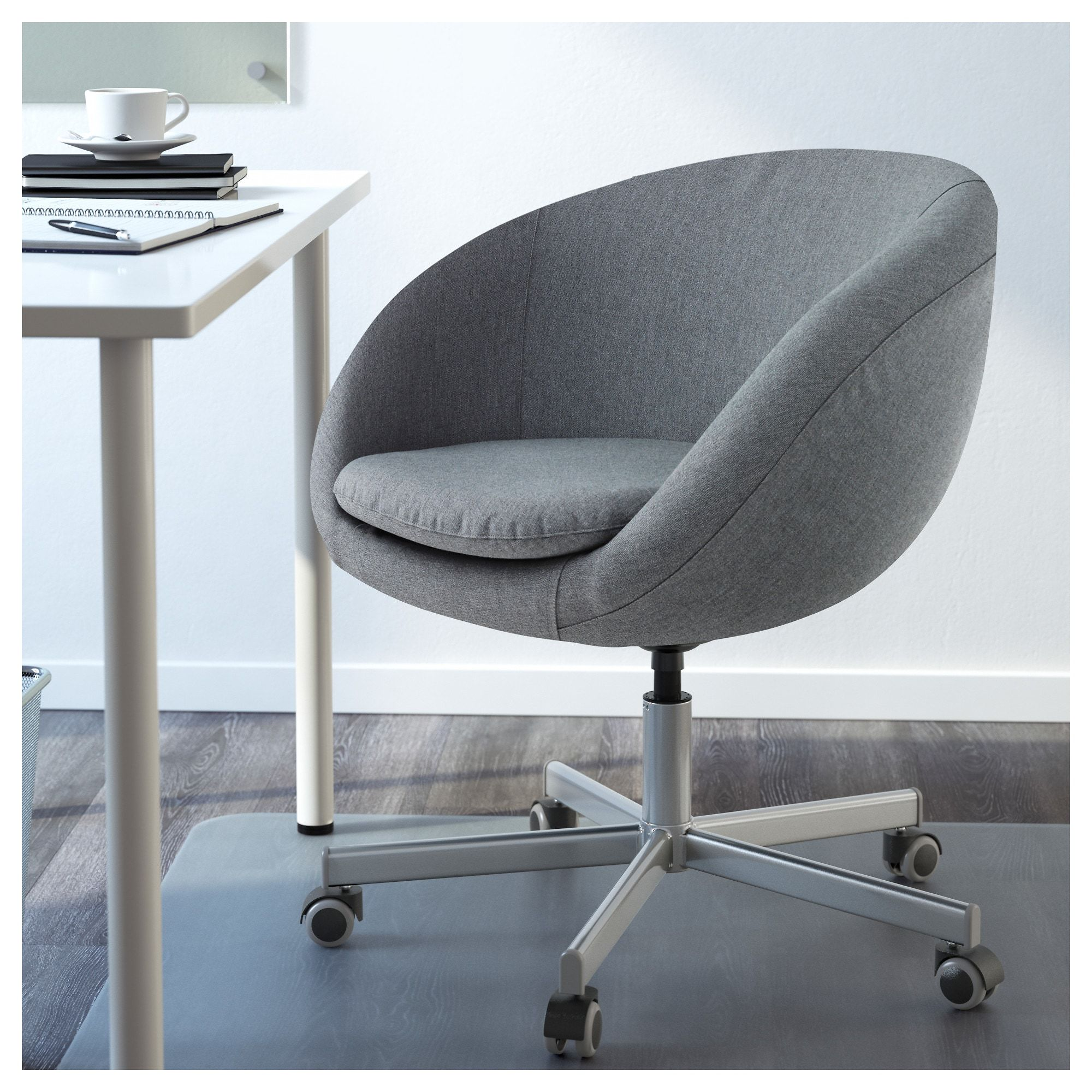IKEA - SKRUVSTA Swivel chair Vissle gray | study chair in ...