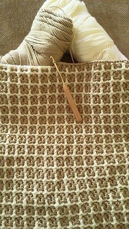 Manta de ganchillo con punto a dos colores. | crochet basicos y ...