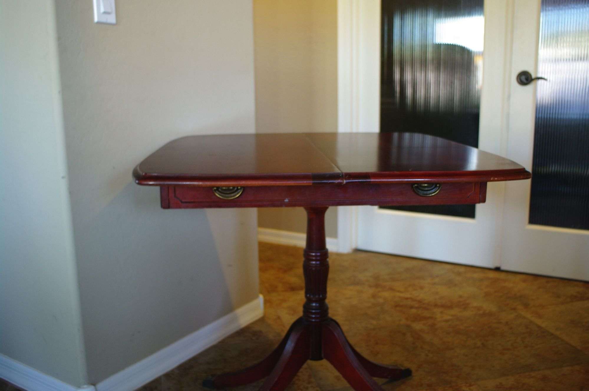 Duncan Phyfe style convertible game table. Table, Table