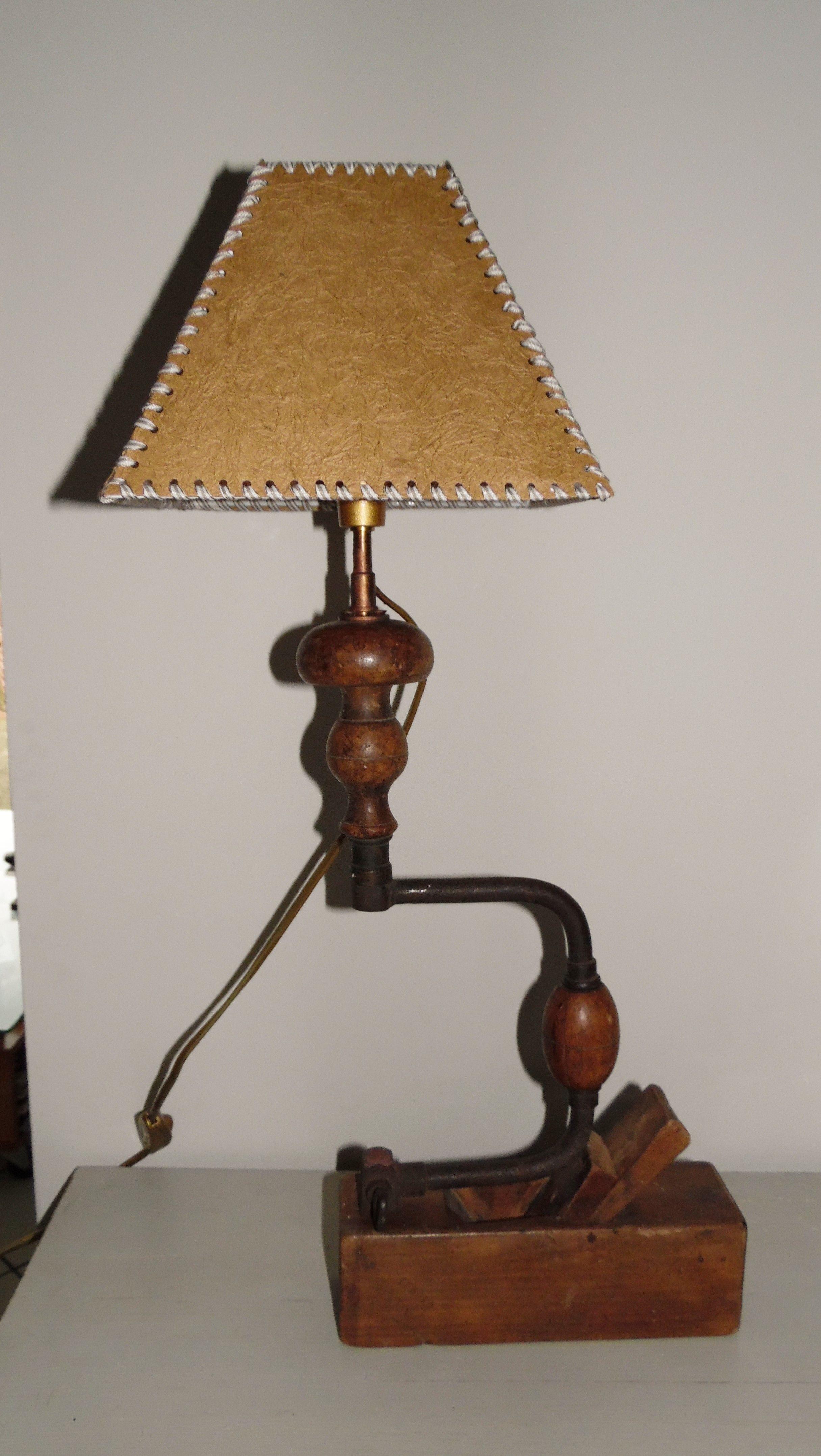 Lampe vilebrequin m lange subtil d 39 outils anciens l 39 abat jour est fait main elle mesure - Lampes de salon anciennes ...