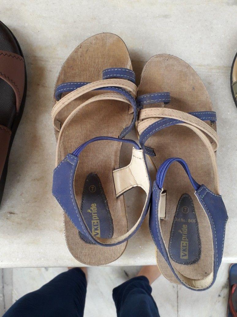 Pin By Varsha Gajwani On Shoes Vinita