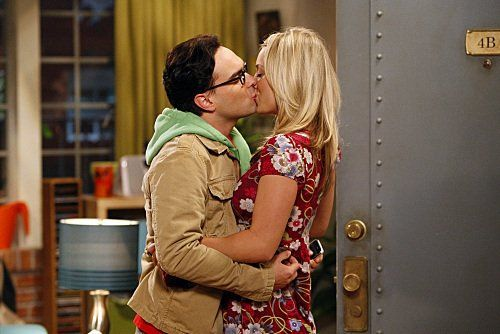 "Kaley Cuoco as Penny and Johnny Galecki as Leonard in ""The Big Bang Theory"""