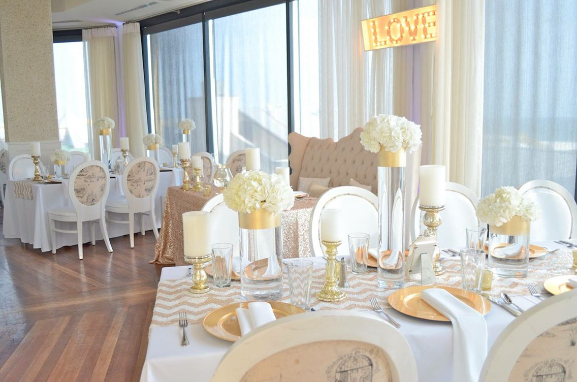 Soft, romantic, and elegant wedding design by Florals by the Sea.