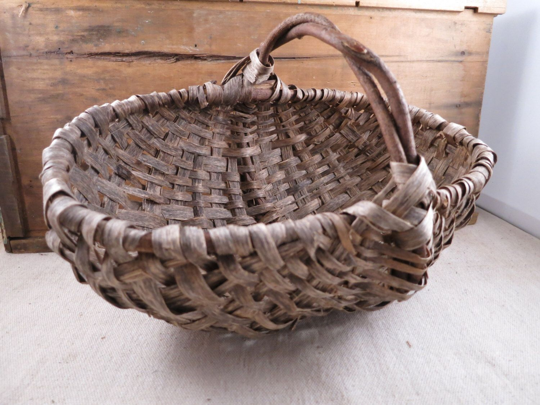 Old Splint, Hand Woven Basket /Egg Gathering Basket by WrensAttic on Etsy https://www.etsy.com/listing/265295379/old-splint-hand-woven-basket-egg