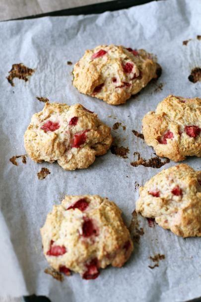 Mansikka-biscuitit #keksit