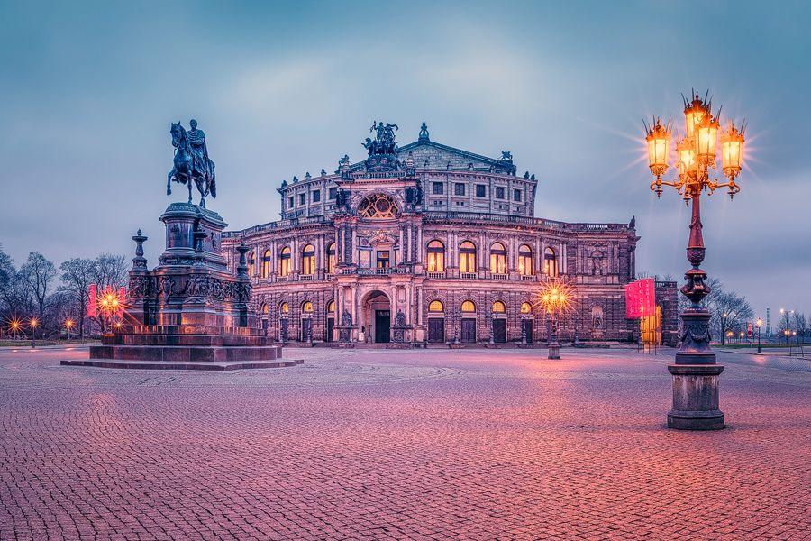 Theaterplatz Mit Semperoper Dresden Sachsen Semperoper Dresden Semper Oper Dresden