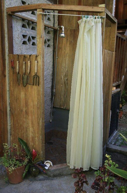 Galleria foto come realizzare la doccia esterna foto 1 doccia esterna pinterest foto - Doccia esterna giardino ...