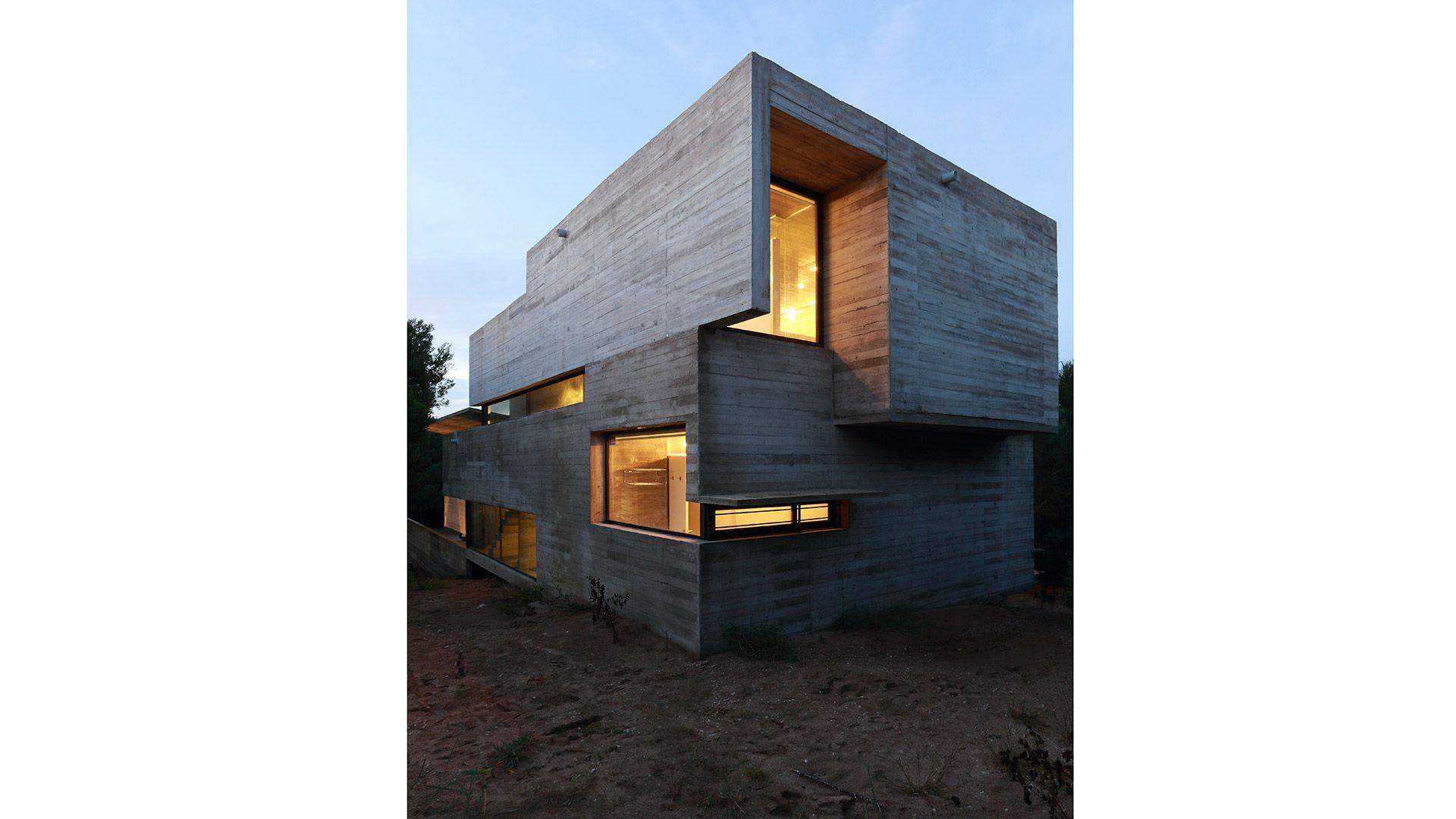 Roland House | Luciano Kruk
