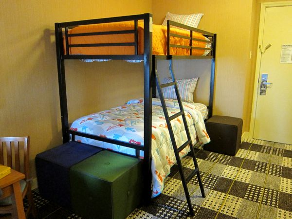 Hotel Lincoln In Chicago Offers Kid Friendly Rooms