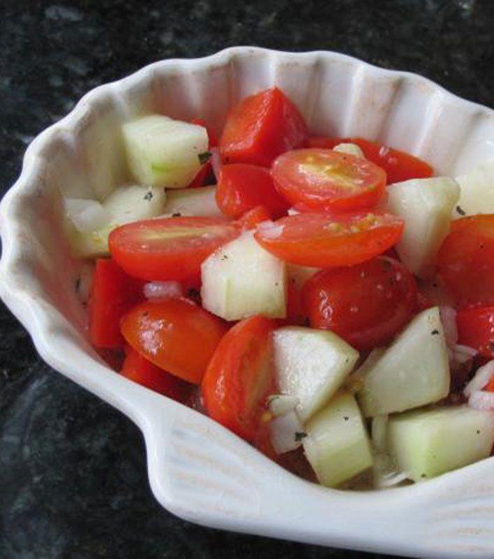 die besten 25 marinierte tomaten ideen auf pinterest tomaten mozzarella salat. Black Bedroom Furniture Sets. Home Design Ideas