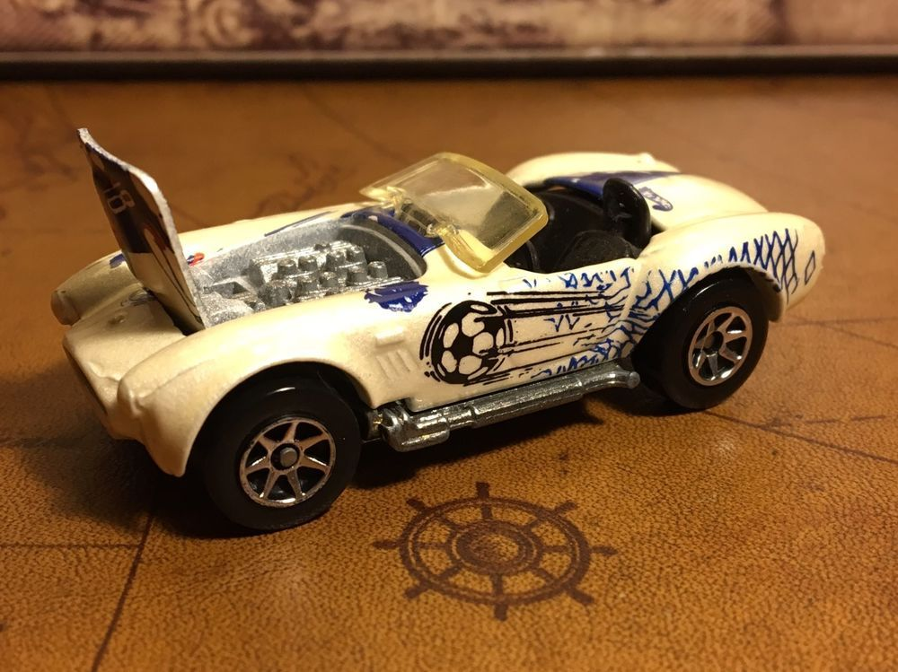 Hot Wheels 1982 White Shelby Cobra With Soccer Tampos Red Blue Ebay Diecast Cars Van For Sale Shelby Cobra