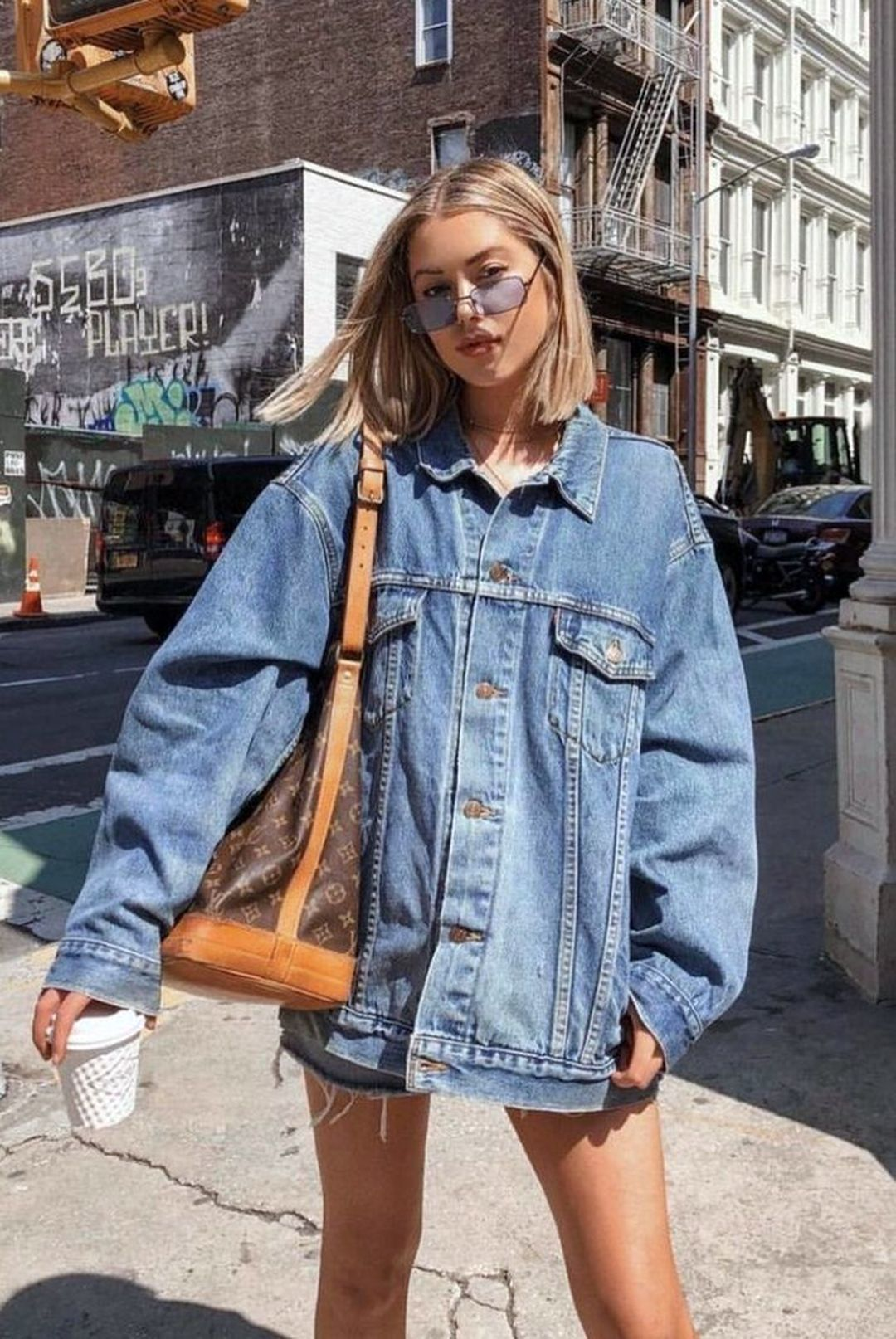 26 Cool Denim Jacket Outfits Ideas to Make You Look Fashionable