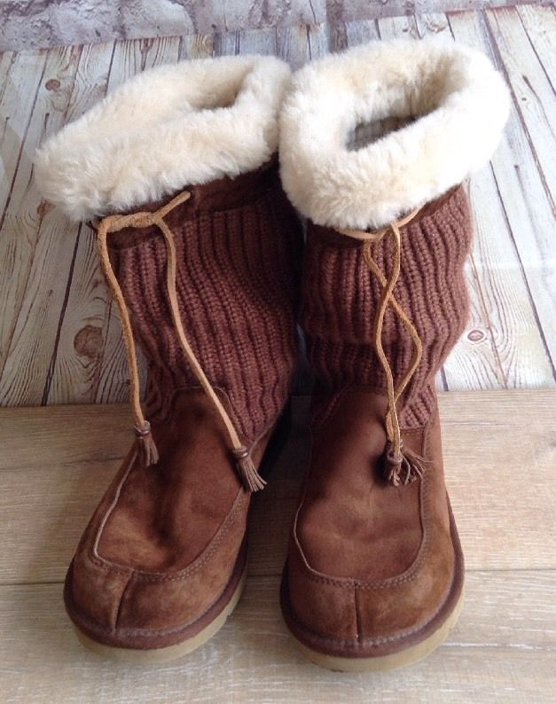 c6be45154d1 Details about Ugg Chestnut Brown Corduroy Leather Tassel/Tie Boot ...