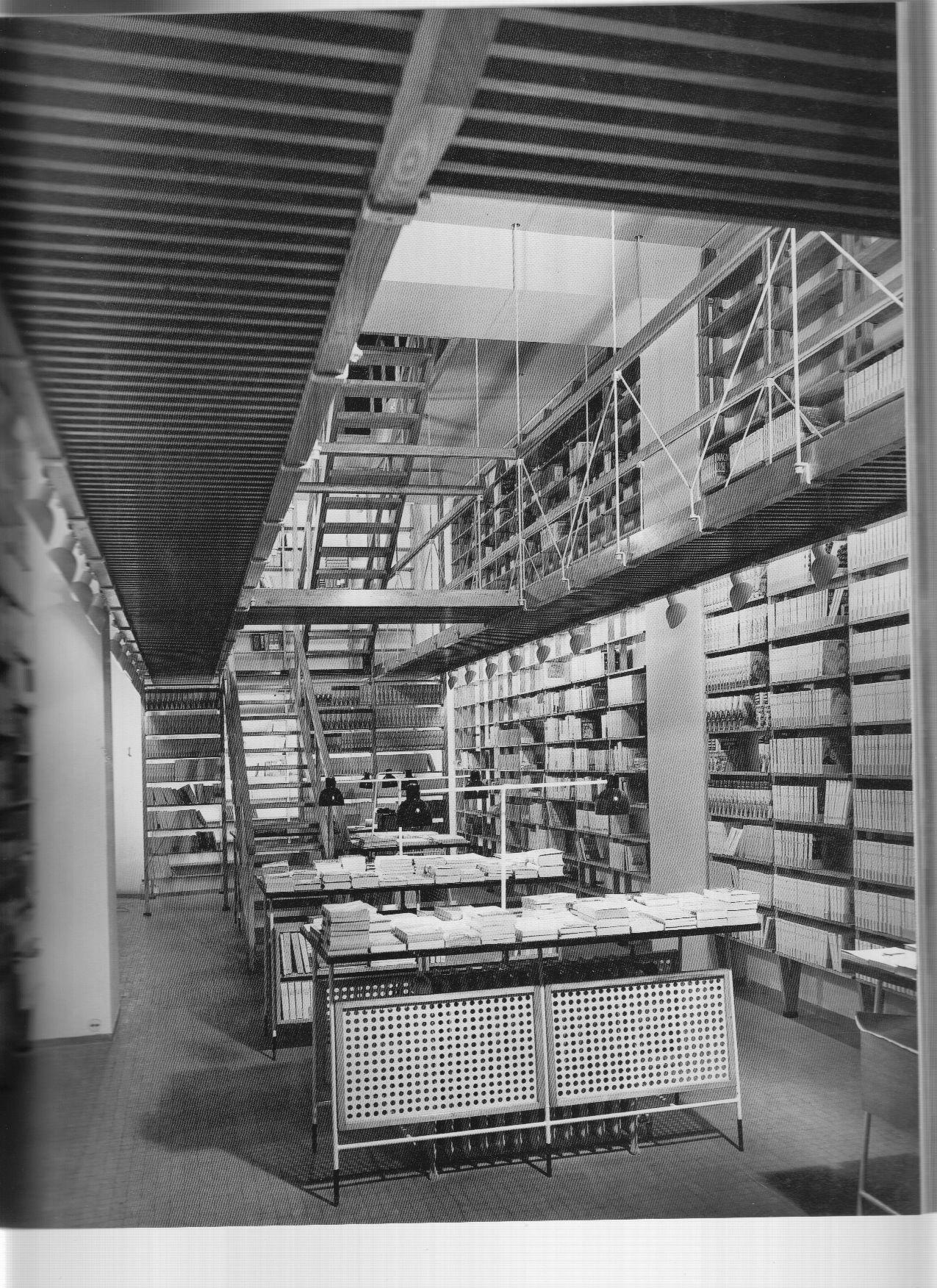 Franco albini libreria baldini milano parco della for Idee architettura interni