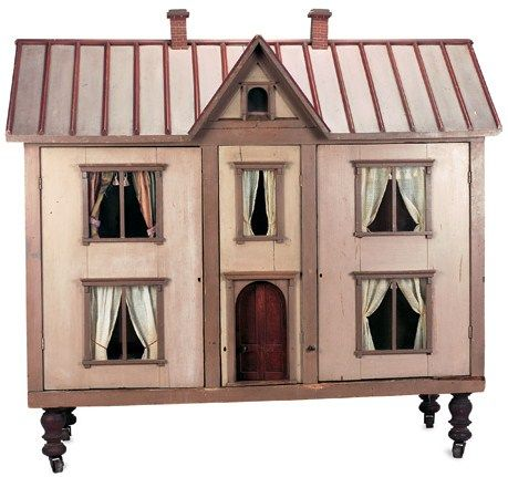 antique dollhouse (love the legs and castors... Add to current dollhouse)