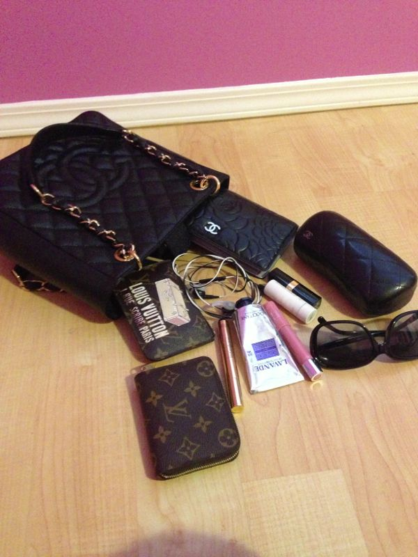 2fd624d54ac7f8 What's in your CHANEL bag today? Include pics! - Page 118 - PurseForum